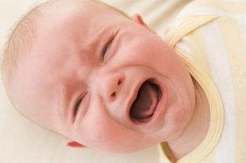 płacz oparzonego niemowlaka
